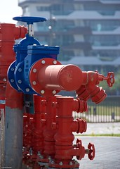 IMGP5739 Fire prevention (Claudio e Lucia Images around the world) Tags: citylife milano fire prevention tretorri portello antincendio technology plants brigade pump sprinkler safety pompieri vigilidelfuoco newcity growingcity safetyfirst pentax pentaxk3ii pentaxart pentaxcamera bleue red valves systems pentaxlens pentax18135
