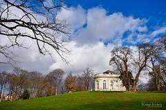 Schloss Richmond (r.wacknitz) Tags: braunschweig niedersachsen schloss richmond spätbarock park clouds gras baum treescape spring märz nikond3400 sigma1020 luminar18 flickrunitedaward