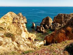 P1020312_DxO (orciel95) Tags: lagos algarve portugal océan mer sea eau water falaise rocher stone colors green blue vert bleue