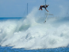 Surfer catching some air over a  wave. (jdnx) Tags: alamoanabeachpark surfing