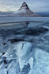 the crack (Valero-Xixona) Tags: islandia iceland valero luzenlaoscuridad montaña hielo grieta