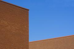 Two walls (Jan van der Wolf) Tags: map19254v walls muren simple simpel minimalism minimalistic bricks bakstenen architecture architectuur gevel gebouw geometric geometry