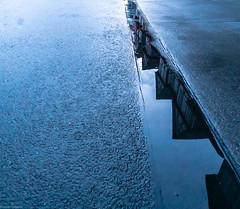 Fachwerk in den Pfützen (carsten.plagge) Tags: 2019 a6300 cp55 carstenplagge fachwerk februar hdr samyang sonnenuntergang sony wolfenbüttel blauestunde