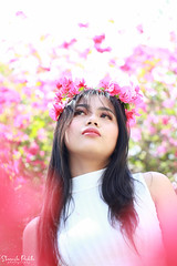 IMG_2566 (Sharmila Padilla) Tags: flowers lady canon portrait ladies balloon outside play pinkflowers pink photography street modes happy joy smile pretty sports white road makeup