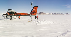 Theresa AWS and the Ohio Range (JeffAmantea) Tags: theresa aws automated weather station western antarctica ohio range plateau science nsf antarctic snow wind windy blowing twinotter twin otter dhc6 dehavilland canada plane airplane people aviation landscape sonyalpha sony alpha a7ii nikon nikkor 50mm f14 metabones mirrorless emount harsh environment