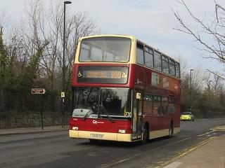 Go North East 6935 / X508 EGK.