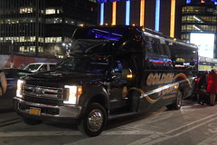 IMG_4710 (GojiMet86) Tags: golden touch transportation nyc new york city bus buses 2018 grech motors gm33 2804 8th avenue 34th street 1fdaf5gt1jec29206