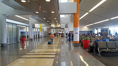 Philadelphia International Airport (SomePhotosTakenByMe) Tags: gate indoor pennsylvania airport flughafen phl philadelphiainternationalairport philadelphia usa amerika america unitedstates flug flight