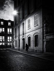 DSCF8365-Modifier (christiandumont) Tags: monochrome streetphotography streetphoto streetlife street bw nb noiretblanc rue nuit night x100f fujifilm blackandwhite blackwhite