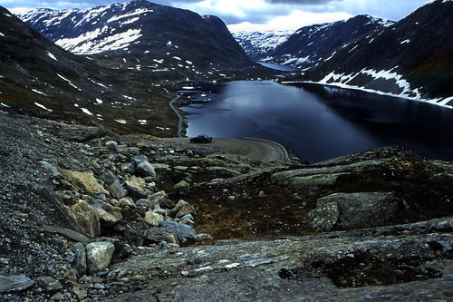 "Norwegen 1998 (314) Djupvatnet • <a style=""font-size:0.8em;"" href=""http://www.flickr.com/photos/69570948@N04/47395445131/"" target=""_blank"">View on Flickr</a>"