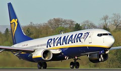 EI-DPH (AnDyMHoLdEn) Tags: ryanair 737 egcc airport manchester manchesterairport 23l
