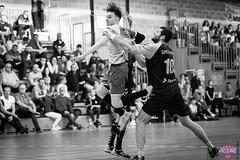 IMG_3776 (muztiko) Tags: 2019 canon6d ffhb france lemans msh72 paysdelaloire sarthe bw blackwhite canon70200f28l handball nb noiretblanc salledesport sport
