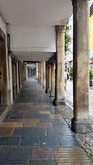 Avilés. Soportales (alvaro31416) Tags: avilés calle soportales asturias