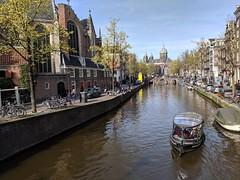 Oudezijds Voorburgwal near De Oude Kerk (xd_travel) Tags: amsterdam apr2019 netherlands deoudekerk saintnicholas oudezijds voorburgwal
