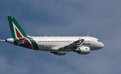 Alitalia / Airbus A319-112 / EI-IMF (vic_206) Tags: bcn lebl alitalia airbusa319112 eiimf
