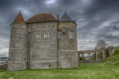 Two towers (Only photoshoot, don't be afraid) Tags: tower château dieppe france sky clouds stone
