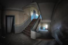 Verklemmt (Blacklight Fotografie) Tags: aufzug elevator staircase stairwell stairs stair treppe treppen treppenhaus stufen steps abandoned decay derelict forgotten rotten verlassen verfallen vergessen verfall hdr lost lostplace panorama pano