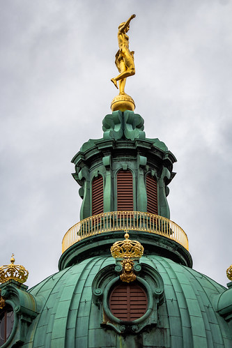 Fortuna auf der Turmkuppel, Schloss Charlottenburg