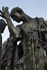 """Pierre de Wissant, """"Les Bourgeois de Calais"""" (1895, Auguste Rodin), Place du soldat Inconnu, Calais, Artois, Pas-de-Calais, Hauts-de-France, France. (byb64) Tags: calais calaisis artois nordpasdecalais nord france francia frankreich eu europe europa ue pasdecalais hautsdefrance hôteldeville mairie ayuntamiento rathaus cityhall casaconsistorial rodin augusterodin lesbourgeoisdecalais sculpture escultura bronze bronzo bronce"""