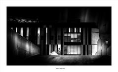 Tux On ... (michel di Méglio) Tags: marseille bw monochrome ville street 45mm olympus em1 noiretblanc lumière ombre light shadow 169 france blackandwhite streetphotography
