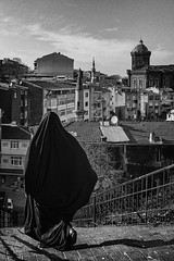 İstanbul... (Official Fujifilm X-Photographer) Tags: perspectiveofistanbul istanbulperspektifi 35mm din religion çarşamba balat travel fujifilmx100f urbanstreet görmepratiği hüseyinaldırmaz fenerrumlisesi streetphotography istanbul