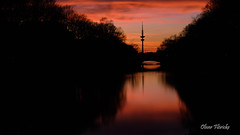 Hamburg am Abend (floerioHH) Tags: fujifilm fujixseries xh1 sunset bridge canal reflections longtimeexposure hamburg deutschland deu