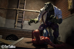 Mafex - Spiderman (ToyTallica) Tags: mafex spiderman peterparker toyphotography toys toytallica toycollecting toy 6inch marvel marvellegends marvelcomics venom marvelselect lizard carnage docock doctoroctopus maryjane mysterio kingpin