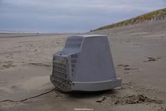 DSC02741 (ZANDVOORTfoto.nl) Tags: zandvoort edwin keur fotografie aan zee strand nederland netherlands kust coast shore beach beachlife aangespoeld tv flatscreen beeldscherm