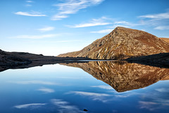 Pen yr Ole Wen (another_scotsman) Tags: snowdonia wales landscape cwmidwal mountain lake reflections