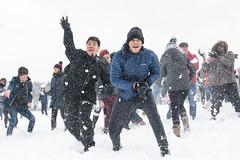 Snowdown Snowball Fight (kyle tsui) Tags: 2019 d850 nationalmall nikon snow snowballfight snowdown washingtondc
