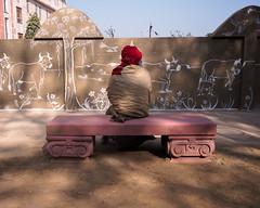 Back - Samyang 21mm 1.4 (thomas.pirolt) Tags: india goverdhan radhakund streetphotography street streetlife sony a6000 sonya6000 samyang people portrait candid moment theindiatree life