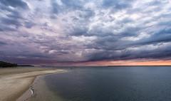 Storm is coming at Arcachon Bay ((Virginie Le Carré)) Tags: paysage landscape océan ocean bayofarcachon bassindarcachon nuage nuageux storm orage sunset coucherdesoleil summer été extérieur outside atlantique atlantic