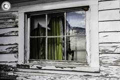 IMG_8222logo (Annie Chartrand) Tags: farmhouse house abandoned ruraldecay illinois calhouncounty antique window