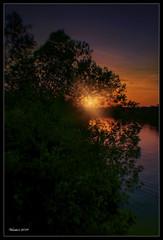 The morning sun (VERODAR) Tags: sunrise sunlight sky morning morninglight morningsky trees river johorriver kotatinggi kotatinggiriver nikon verodar veronicasridar ngc
