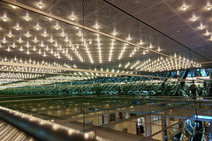 20190302_RX_02602 (NAMARA EXPRESS) Tags: travel construction structure escalator reflection light mirror marion daytime spring indoor color yurakucho tokyo japan sony rx0 dscrx0 carlzeiss tessar t 477 namaraexp