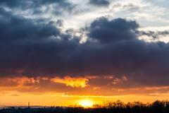 Sunset / @ 80 mm / 2019-02-22 (astrofreak81) Tags: explore clouds shadow schatten sunset sun wolken sonnenuntergang sonne sky himmel heaven light dawn orangesky orange dresden 20190222 astrofreak81 sylviomüller sylvio müller