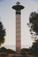2019-03-01_06-03-09 (A.Cuerva) Tags: torredembarra faro turismo mar mediterráneo viajar visitar sky cielo bosque pinos horizonte
