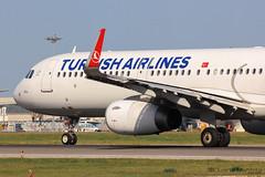 Turkish Airlines / Airbus A321-200 / TC-JSZ (duartemanhita spotter) Tags: turkish turbine turkishairlines planespotter plane photographer lisbonairport lisbon lppt like cockpit commercialflight airport airplane airlines airbus airbuslovers a321 a321200 airbus321 airbusa321 airbus321200 views fly follow followme