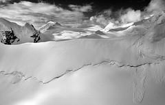 Mountain Ridge and Snow Cornice, Denali NP (fotographis) Tags: alaska denali snow blackwhite blackandwhite hasselblad cfv39 50mmdistagon mountains aerialphotography white