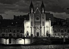Carmellite Church (alicejack2002) Tags: balluttabay malta bw monochrome leica night church