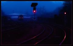 Morning lights (Blaydon52C) Tags: red pink purple light blue sprinter 158 wakefield kirkgate train station lights signal 158908 northern rail railway railways trains transport dmu
