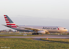American Airlines A330-200 N280AY (birrlad) Tags: dublin dub international airport ireland aircraft aviation airplane airplanes airline airliner airlines airways taxi taxiway arrival arriving landing landed runway stand terminal sunlight sunrise morning airbus a330 a332 a330200 a330243 n280ay american aa philadelphia