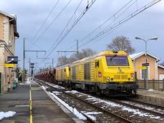 BB 75099 en UM et tombereaux (SylvainBouard) Tags: railway train fret bb75000 sncf
