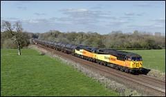 Jack Green, Lancashire, Colas 56078 & 56113 6E32 (09.55 Preston Ribble Rail  - Lindsey Oil) 10/04/19. (DigitAL46232) Tags: jackgreen lancashire ribblevalley colas 6e32 prestonribblerail prestontanks 56078 56113