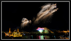 Fireworks_9107 (bjarne.winkler) Tags: 2018 new year fireworks over sacramento river california tower bridge pyramid ziggurat building delta king