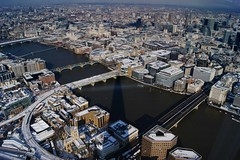 In the shadow of the Shard (WISEBUYS21) Tags: shard samuelpepys st pauls cathedral cityoflondon londonbridge christopherwren fleetstreet milenniumbridge puddinglane westminster thames 1666 diary wisebuys21 snow covered streets shotfromabove