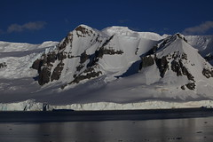 IMG_6877 (y.awanohara) Tags: cuvervilleisland cuverville antarctica antarcticpeninsula icebergs glaciers blue january2019