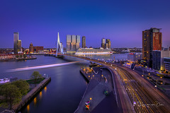 Britannia (Ellen van den Doel) Tags: erasmugbridge night nederland zonsondergang netherlands sunset hour erasmus inntelhotels fotografie city outdoor youllbesuprised evening stad light skyline rotterdam blue avond mc cruiseschip lucht portfolio2 photography brittania sky boat cruiseship 2019 inntel brug zuidholland nl