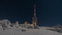 Lunar Base  😜 (Alta Alteo) Tags: harz brocken sendeturm winter weis schnee hoar frost brockenhotel schierke bergkuppe mitteldeutschland elendstal nachtaufnahme ilce7rm2 sachsenanhalt deutschland sony ilce weitwinkel nachtfotografie