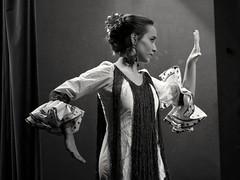 Flamenco (Fencejo) Tags: canon600dt3ikissx5 canonef100mmf2usm zaragozazgz flamenco dancer blackwhitebwblackandwhitemonochrome